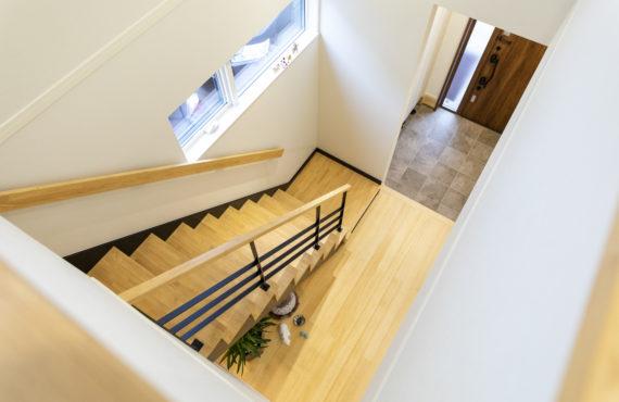 かっちょよい階段